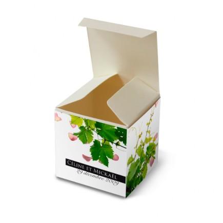 Wedding favor box petals and vines