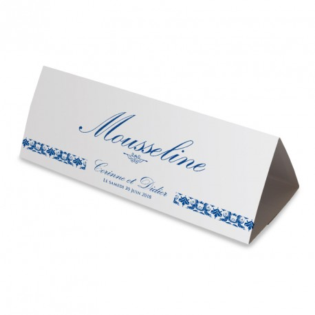 Nom table dentelle bleu